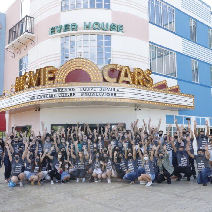 Movie Cars é cenário de comemoração para empresa de Foz do Iguaçu