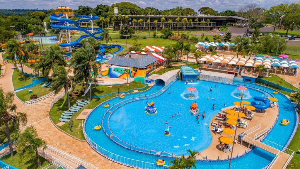 aquamania-parque-aquatico-foz-do-iguaçu