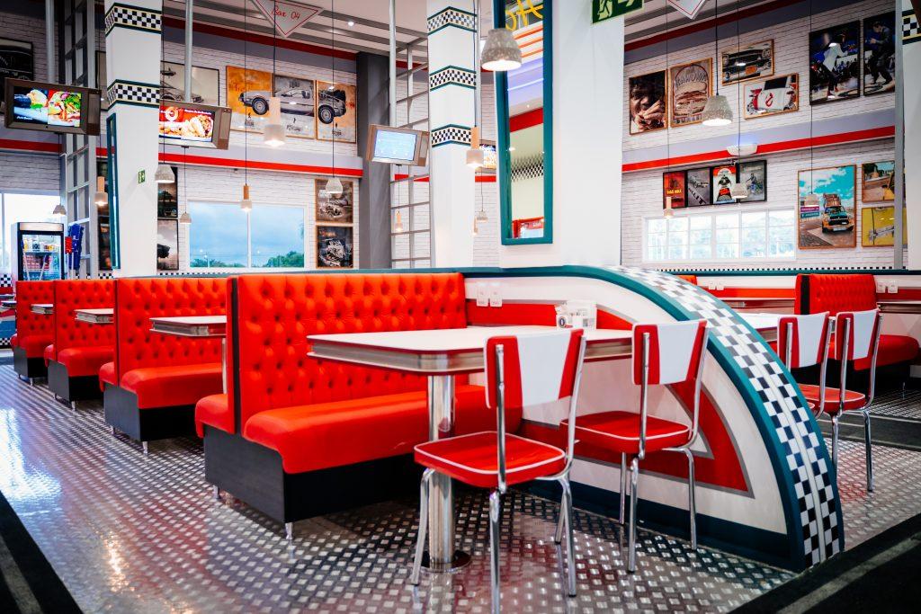 hamburgueria e restaurante movie cars em foz do iguaçu