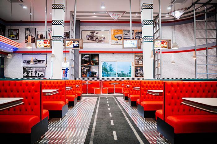 hamburgueria-tematica-movie-cars-foz