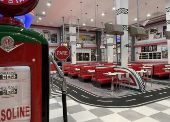 restaurante-movie-cars